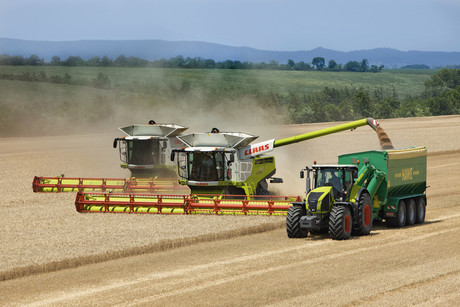 With the new system, harvesters automatically react to impediments in the field. Photo: CLAAS
