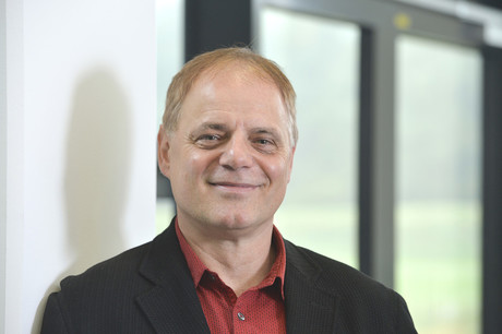 As Vice President of the ISSP Managing Council, Thomas Schack focuses on new technologies in sports psychology, among other topics. Photo: CITEC/Bielefeld University